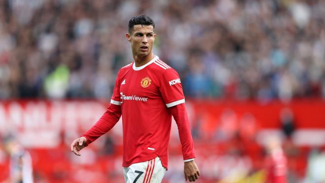 Cristiano Ronaldo contract Manchester United salary