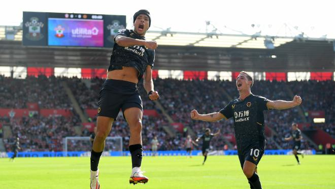 Raul Jimenez first goal since injury