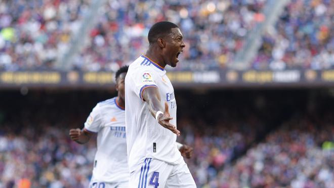David Alaba goal vs Barcelona