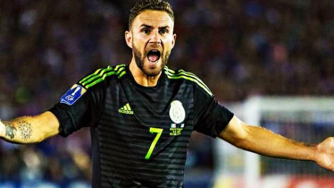 Miguel Layun scores for Mexico