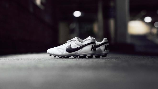 Nike Premier II cleats
