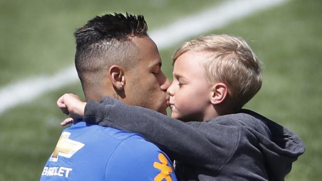 Neymar family life