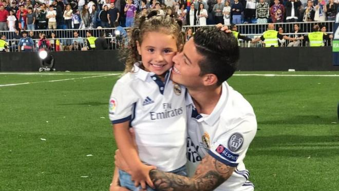 James Rodriguez with his daughter Salomé