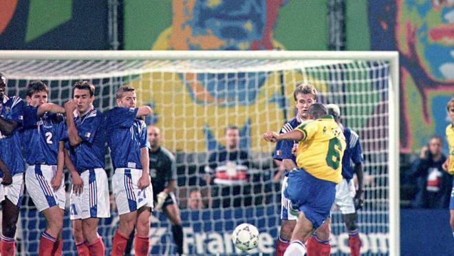 Soccer In 1997 - Roberto Carlos