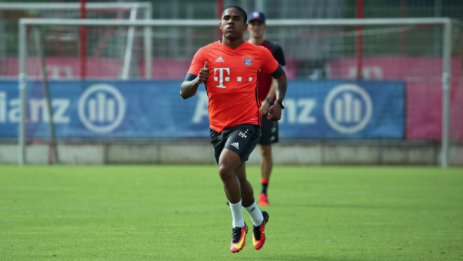 Douglas Costa Bayern Training Skills
