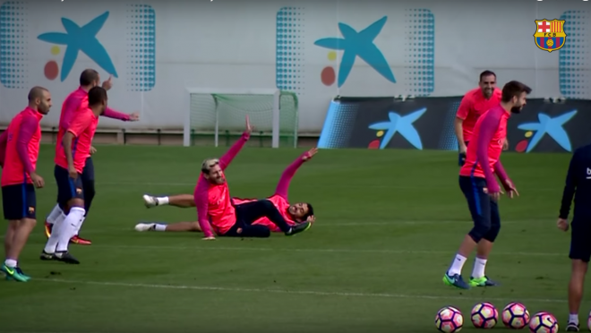 Messi, Neymar and Suarez get owned in the rondo drill.