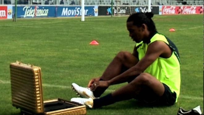 Nike Ronaldinho Crossbar Challenge