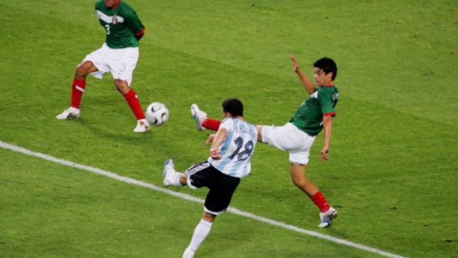 Maxi Rodriguez goal vs Mexico 2006