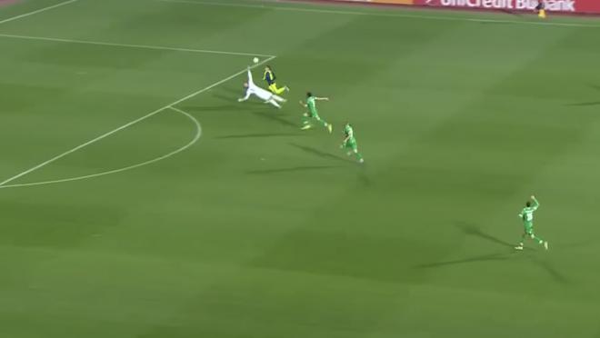 Mesut Ozil Amazing Champions League Goal vs Ludogorets