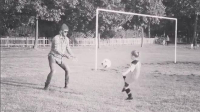 David Beckham teaches Daughter Soccer, Harper Beckham