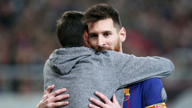 Lionel Messi Pitch Invaders