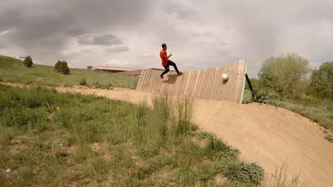 Santi Velez takes on the bike park with his soccer skills