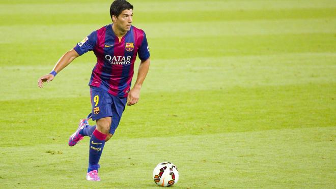 Luis Suarez Smart Soccer Player