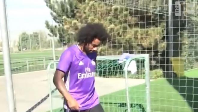 Marcelo juggles tennis ball