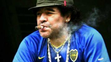 Diego Maradona workout dancing