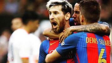 Barcelona 2017-18 home kits
