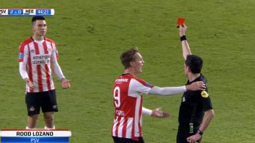 Hirving Lozano red card
