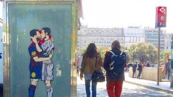 Lionel Messi and Cristiano Ronaldo smooch