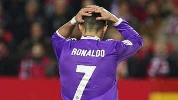 Real Madrid lose to Sevilla, 2-1