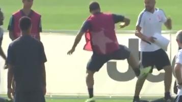 Higuain Kick