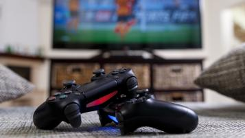 Best Gifts For Gamers - Playstation 4 Controllers