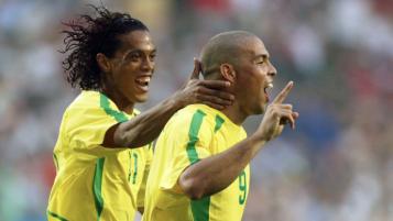 Ronaldinho and Ronaldo Elastico