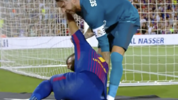 Sergio Ramos Helping Luis Suarez Up After Horrid Dive