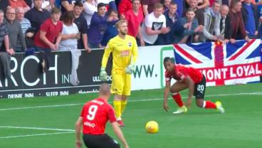 Scottish Premiership Keeper Appears To Mentally Fall Into A Black Hole