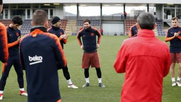 Messi Returns To Training, Gets A Standing Ovation For His Baby-Making Skills