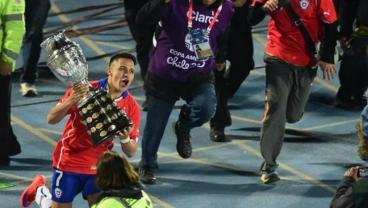 Alexis Sanchez To Miss Community Shield And Premier League Start