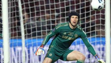 Is A Goalkeeper On Liverpool's Christmas Wish List?