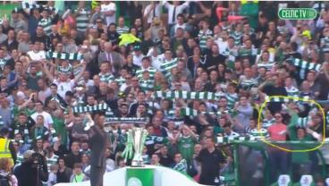 Hero Dad Holds Up Son Instead Of Scarf At Celtic Game