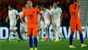 Wesley Sneijder and Holland are defeated by Greece.
