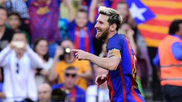 Lionel Messi Returns From Injury And Scores Three Minutes After Coming On