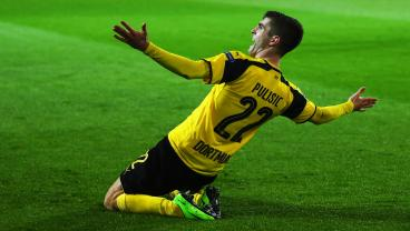 Christian Pulisic Destroyed Arjen Robben With A Vicious Nutmeg