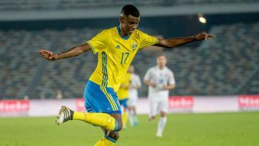 Borussia Dortmund Beat Real Madrid To The Signing Of 17-Year-Old Swedish Phenom