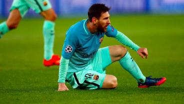 Lionel Messi's Night vs. PSG Summed Up In Three Terrible Images