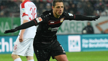 Chicharito Makes It Five Goals In Three Matches With Brace vs. Augsburg