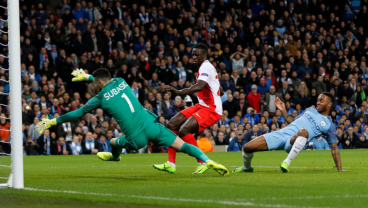 Leroy Sané Weaves Through Monaco Defenders On Manchester City's First Goal