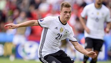 Joshua Kimmich Will Do More Than Replace Philipp Lahm At Bayern Munich