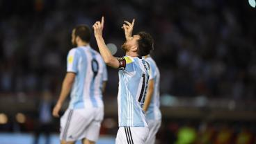 Lionel Messi Is Victorious Over His Argentina Teammates And Chile, 1-0
