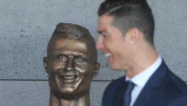 Cristiano Ronaldo's Airport Renaming Ceremony Was A Horror Show