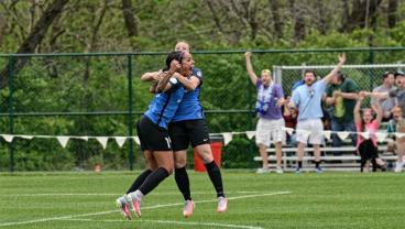 Sydney Leroux Scores In Her First Game Back Since Giving Birth