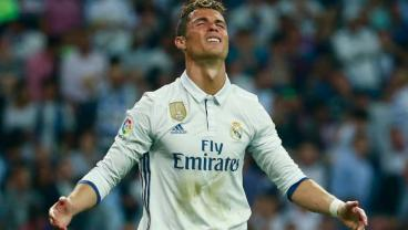 Cristiano Ronaldo Miss From Point Blank Range Proves He's Still Human