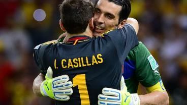 The Goalkeepers With The Most Career Clean Sheets In Soccer History