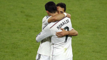 On Sunday, Old Friends Chicharito And Cristiano Ronaldo Become Foes