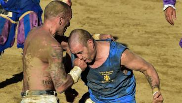 2017 Calcio Storico Reaches Bone-Crunching Conclusion Tomorrow