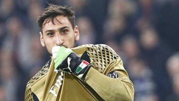 Gianluigi Donnarumma Got A Big New Contract With Milan Because Mino Raiola Doesn't Play Around