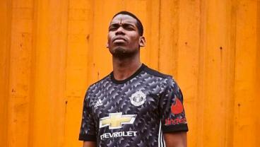 Tinder Gives Manchester United A Super Like
