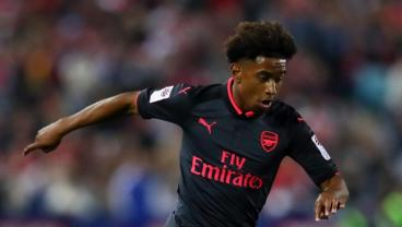 Arsenal Teen Scores Sick Goal During Open Training Session